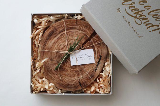 ギフト|焼きヒノキの薄型丸太ボード(2枚セット)