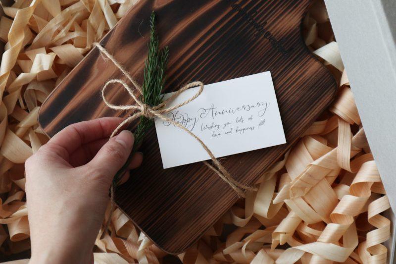 ギフト|こんがり焼いた、吉野杉のトーストボード 7