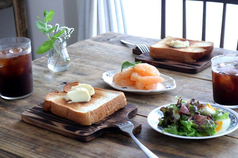 こんがり焼いた、吉野杉のトーストボード 4