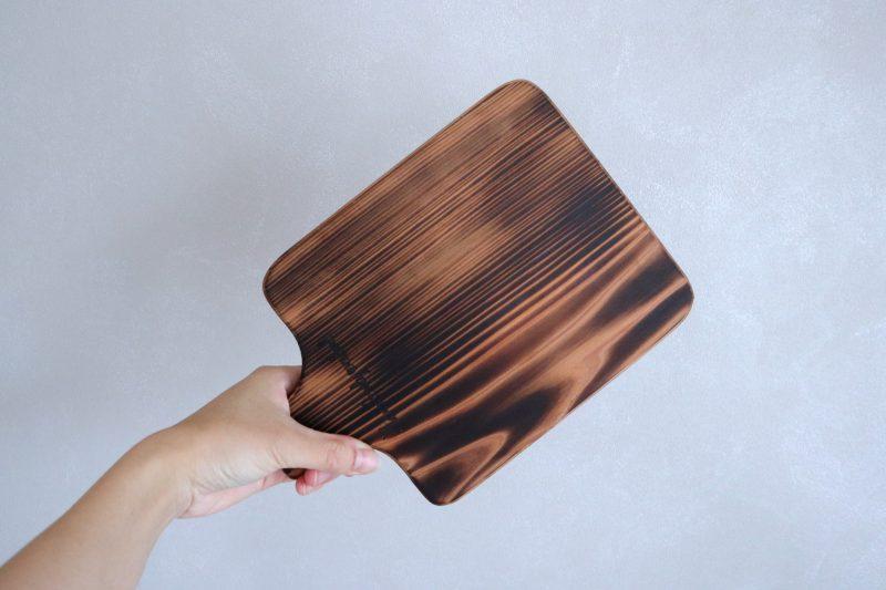 こんがり焼いた、吉野杉のトーストボード 2