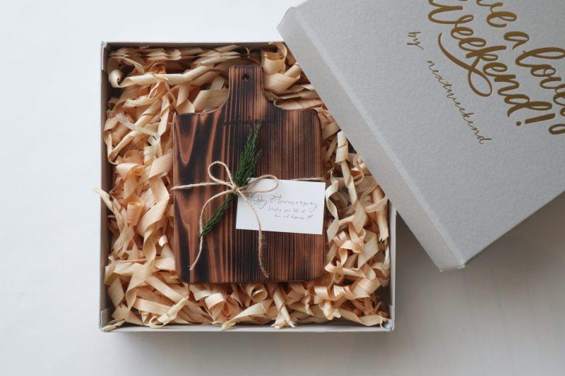 ギフト|こんがり焼いた、吉野杉のトーストボード 1