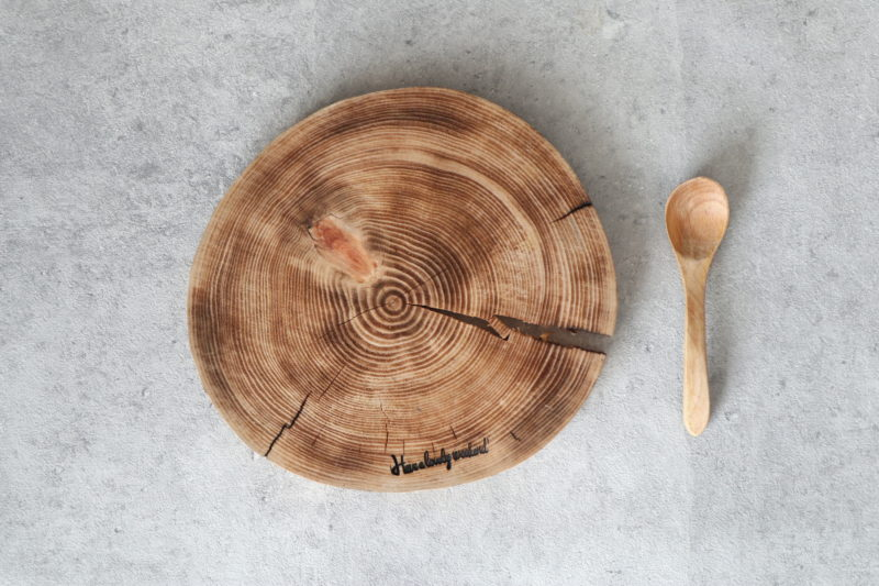 焼きヒノキの薄型丸太ボード(2枚セット) 4